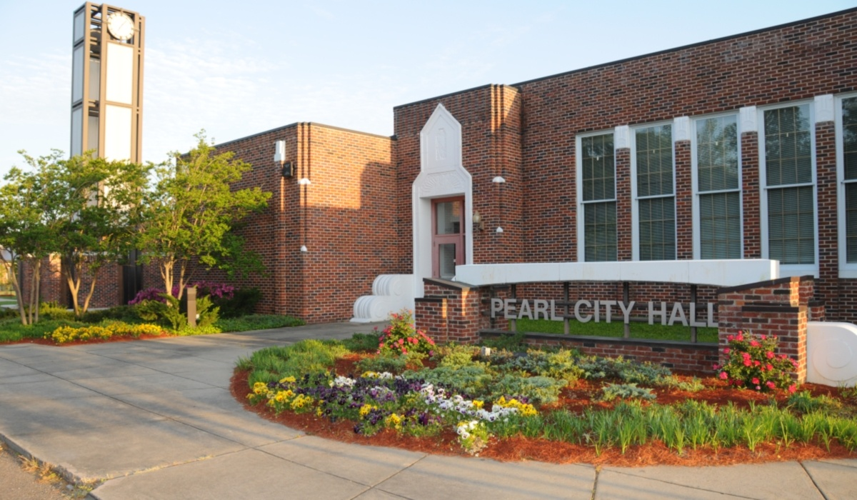 Pearl City Hall